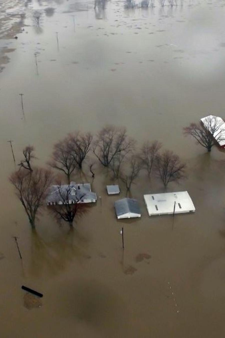 Inundaciones este 19 de marzo a lo largo del río Missouri en Pacific Junction, Iowa.