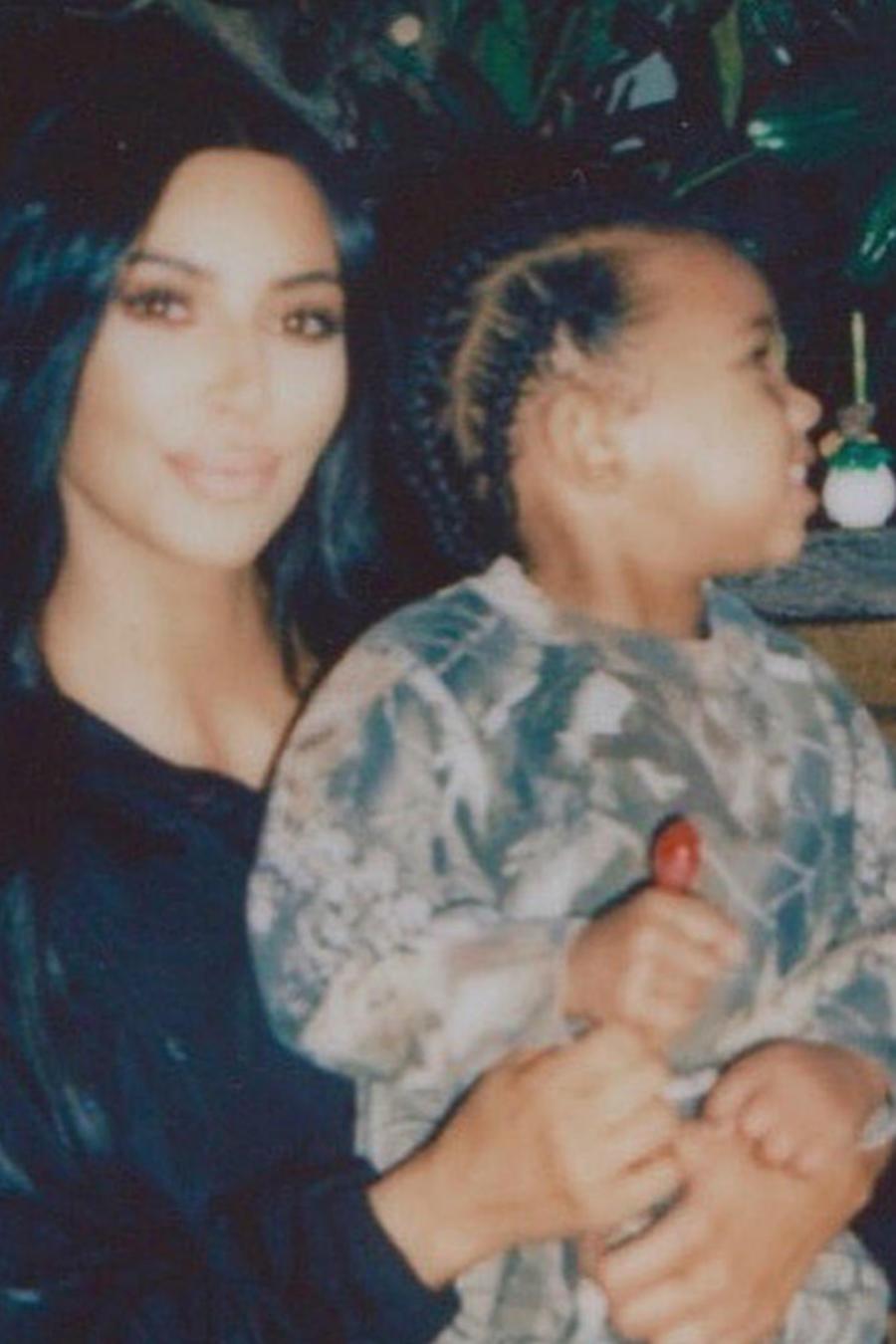 Kim Kardashian y su hijo Saint West