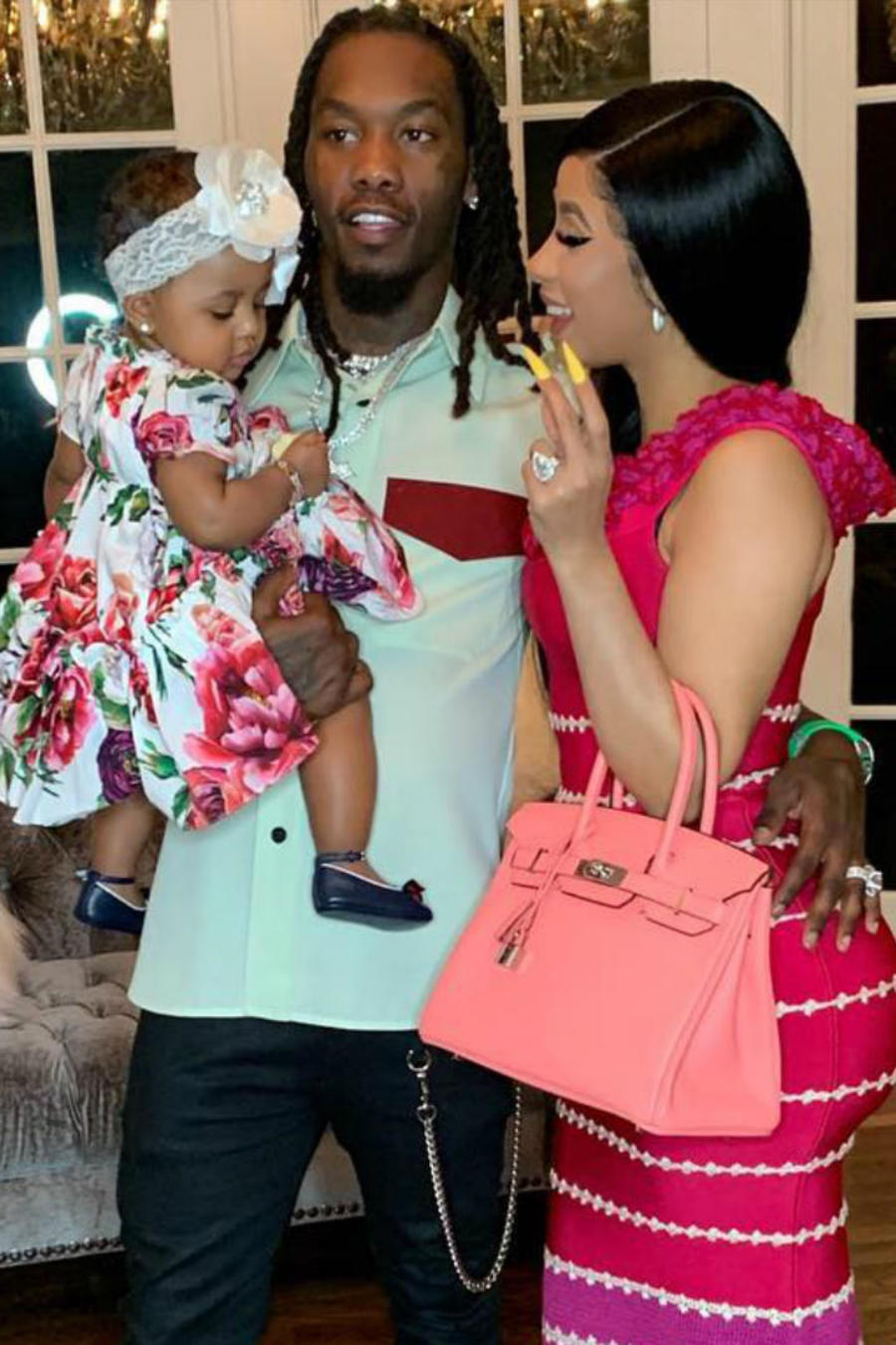 Cardi B y Kim Kardashian