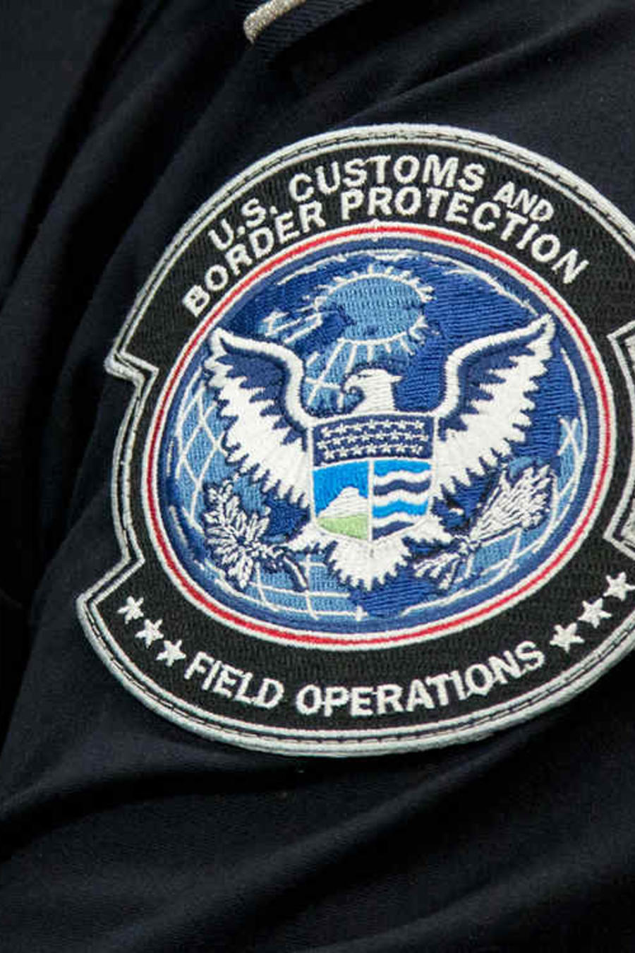 Foto de archivo de agente de Aduanas y Protección Fronteriza (CBP)