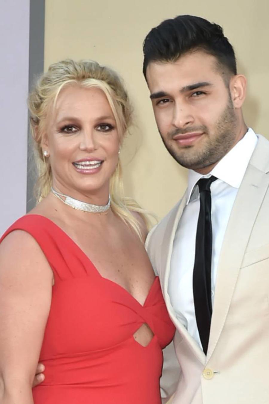 """Britney Spears con su novio Sam Asghari en la premier de """"Once Upon a Time in Hollywood"""""""