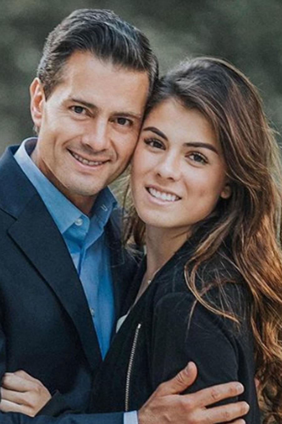 Paulina Peña con su papá Enrique Peña Nieto posando muy sonrientes