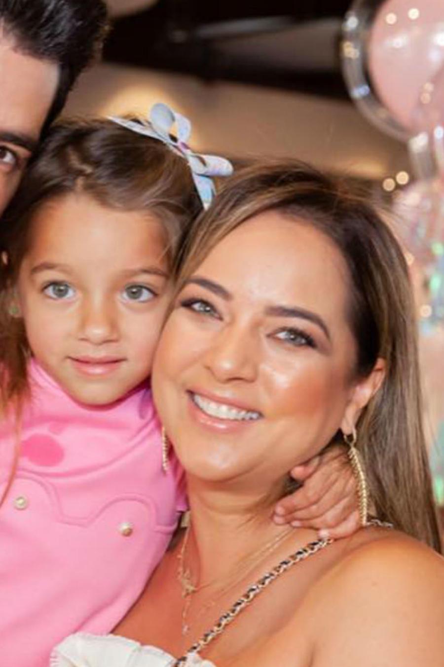 Adamari López y su familia