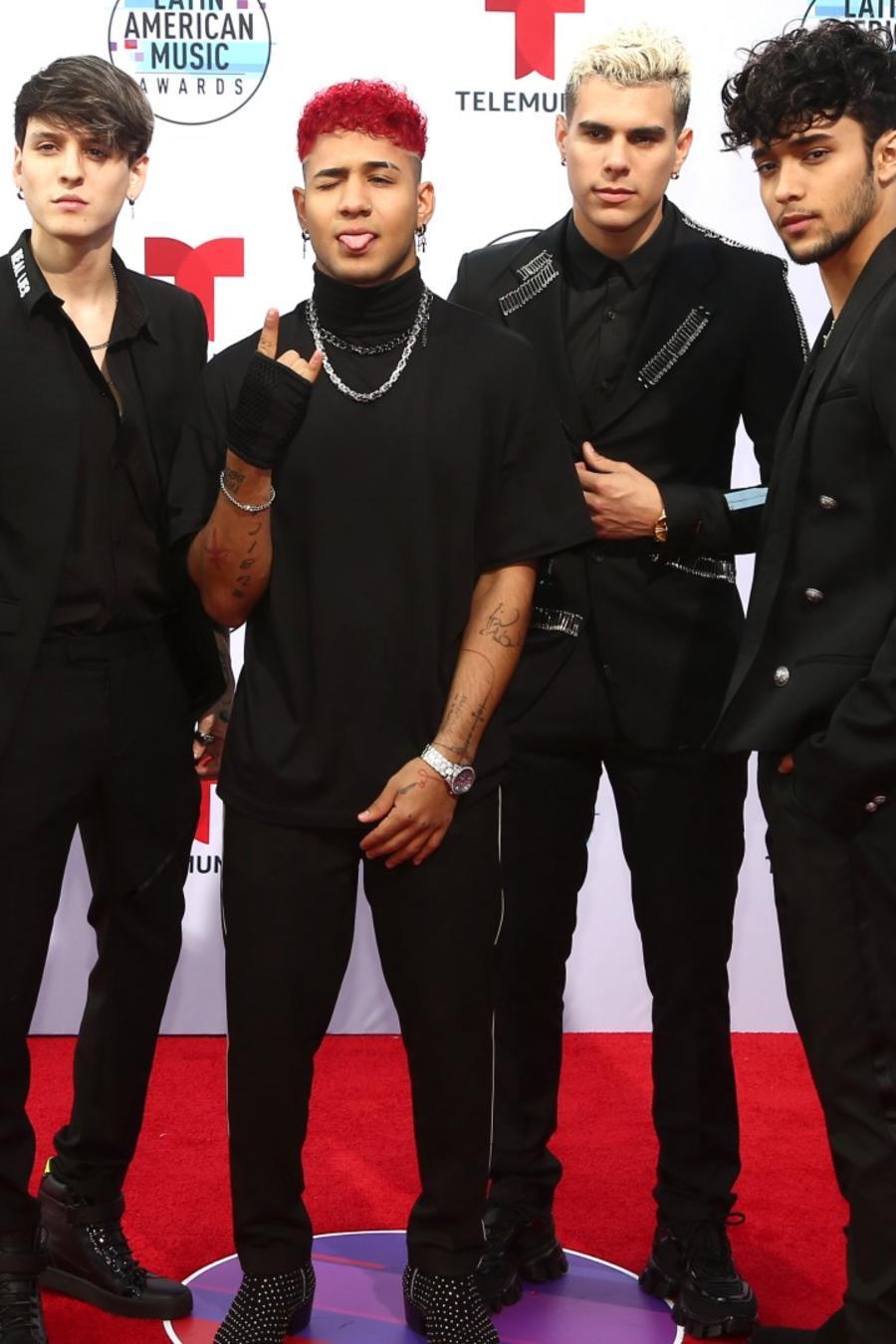 CNCO en la alfombra roja de los Latin American Music Awards 2019