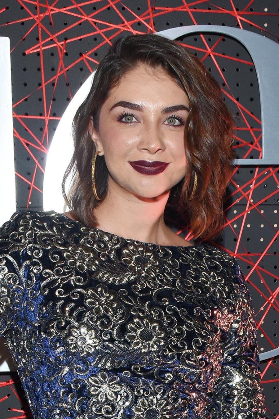 Daniela Luján alfombra roja revista Quien