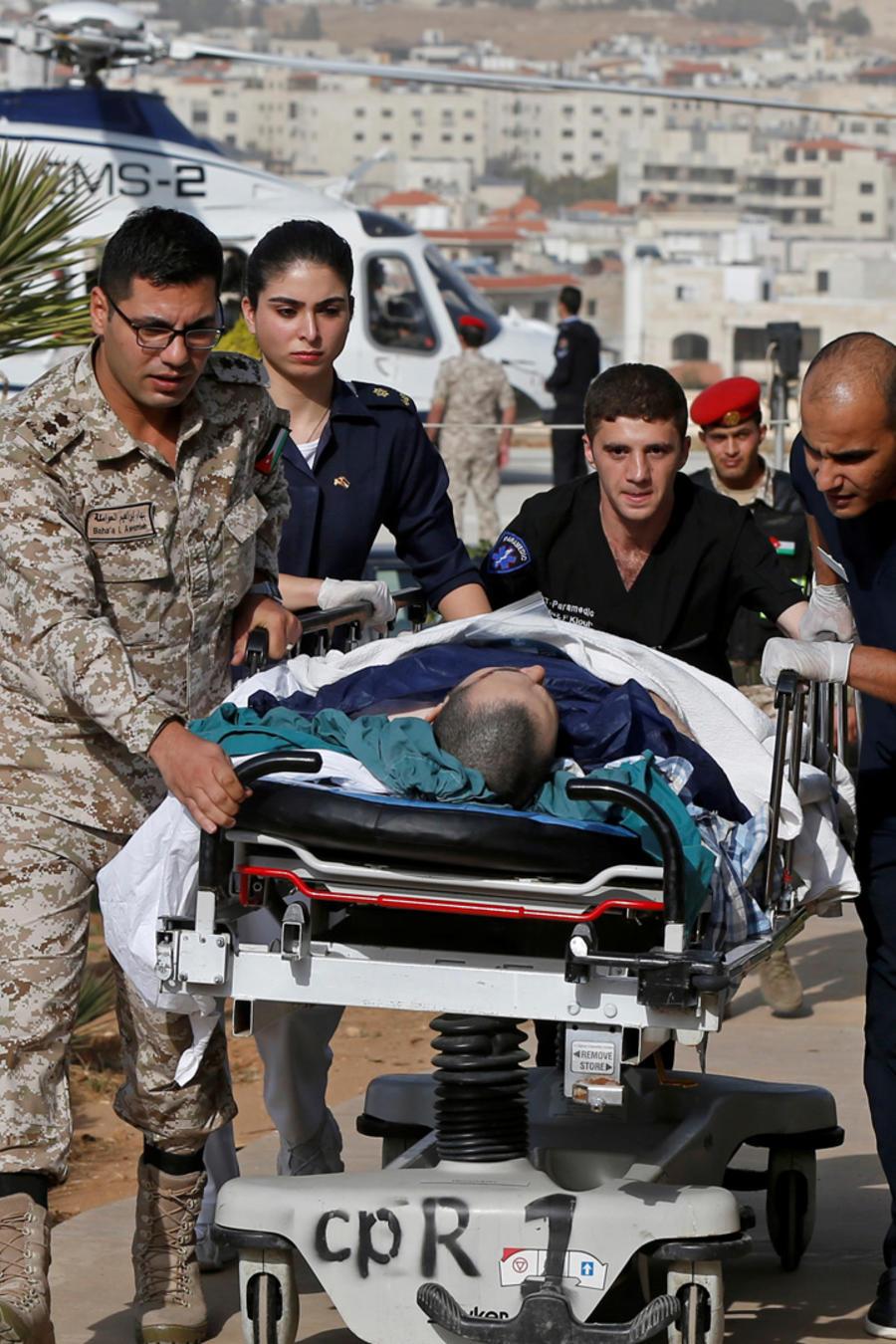 Uno de los heridos en apuñalamiento en ruinas romanas en Jordania es trasladado a un centro médico