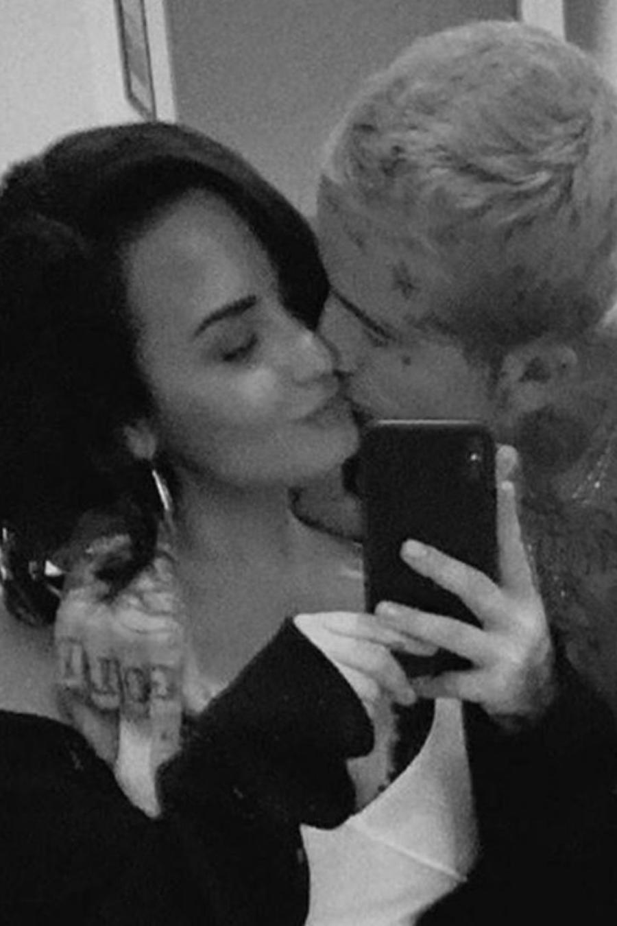 Demi Lovato con su novio Austin Wilson