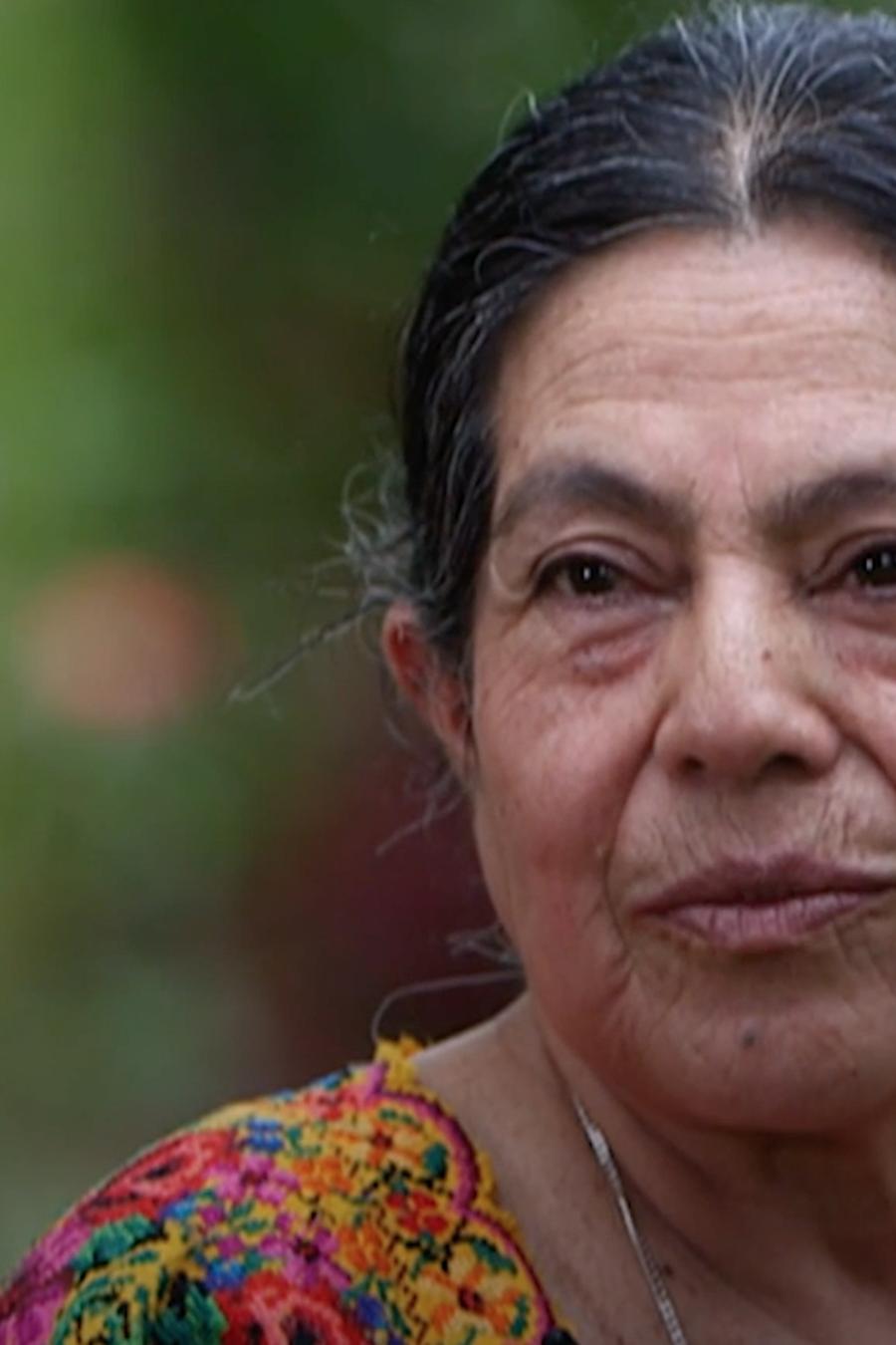 Lucía Col Cho busca a su sobrino desde que su hermana embarazada de 7 meses desapareció y la encontraron enterrada en una fosa común sin su bebé.