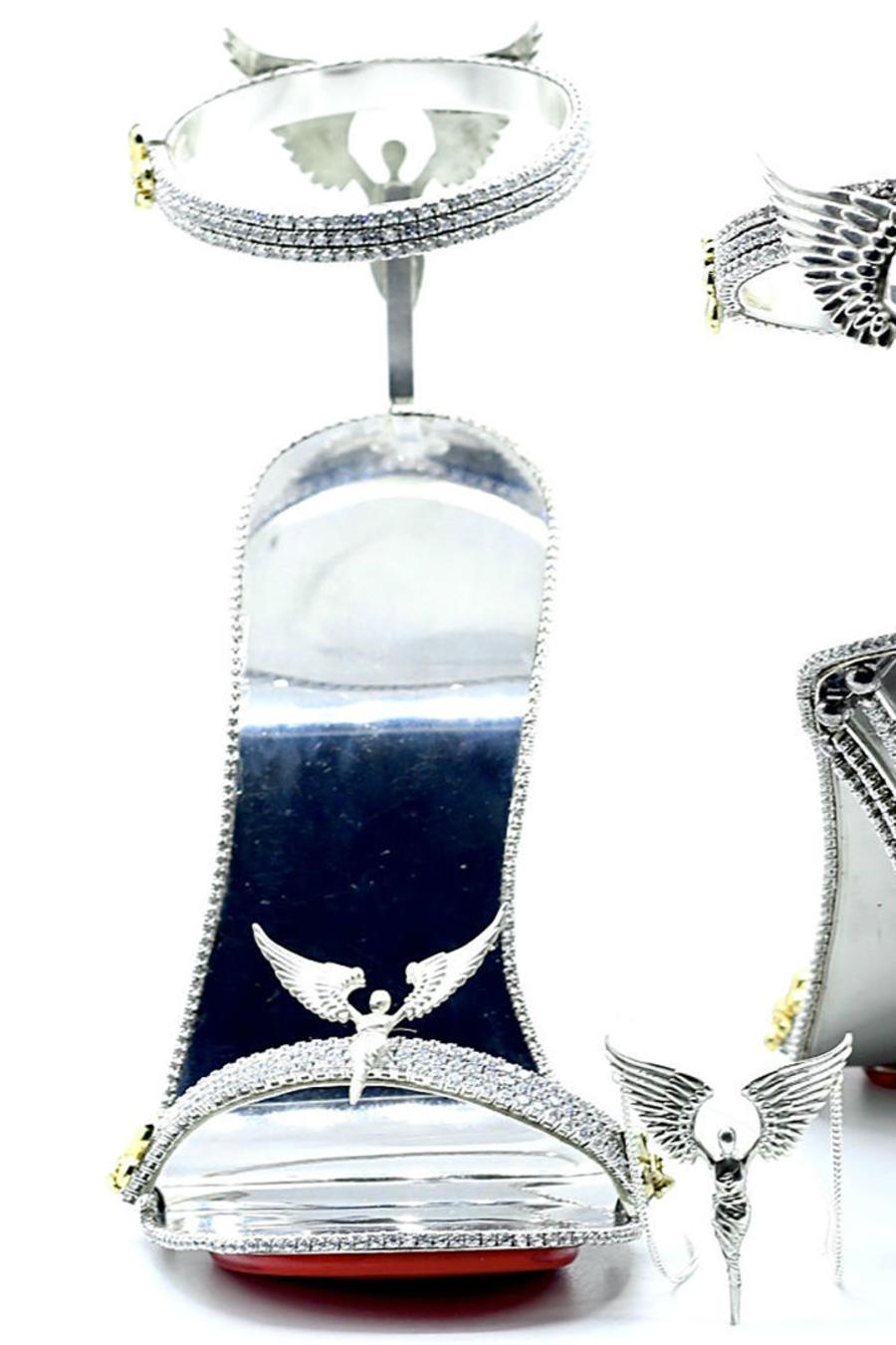 Zapatillas de oro y diamantes