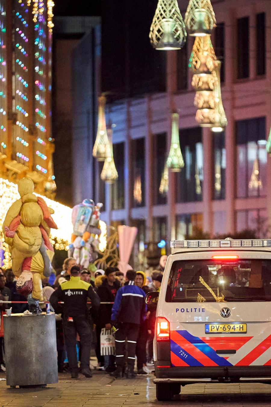 Escenario de la calle comercial donde se produjo apuñalamiento masivo en La Haya.