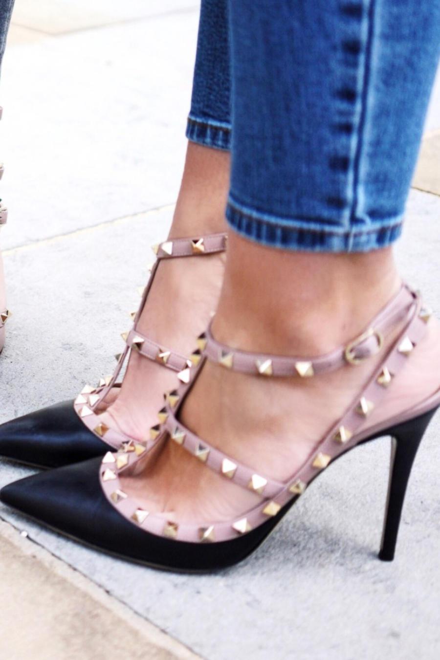zapatillas con jeans