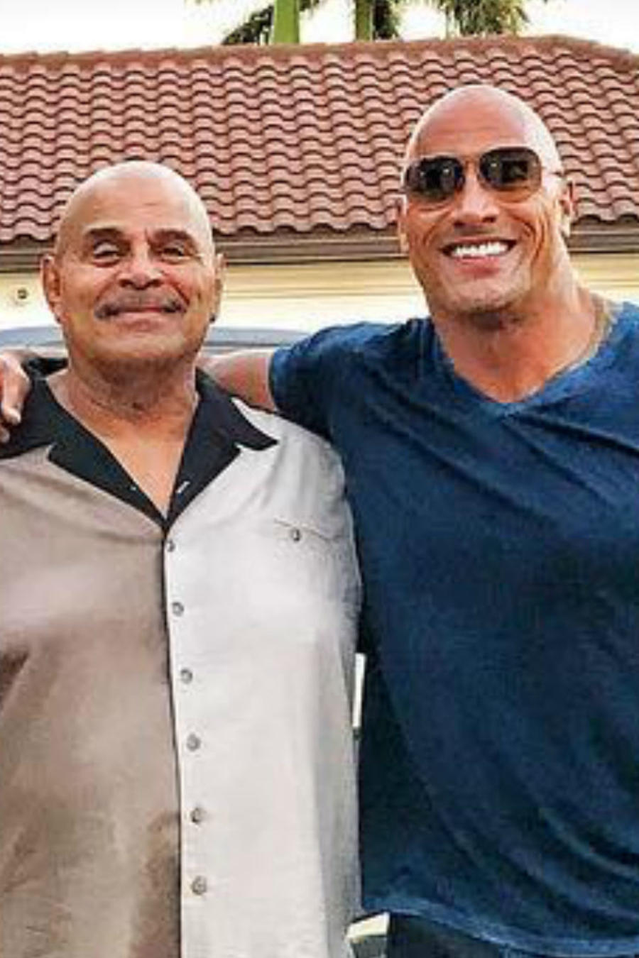 Dwayne Johnson y su padre