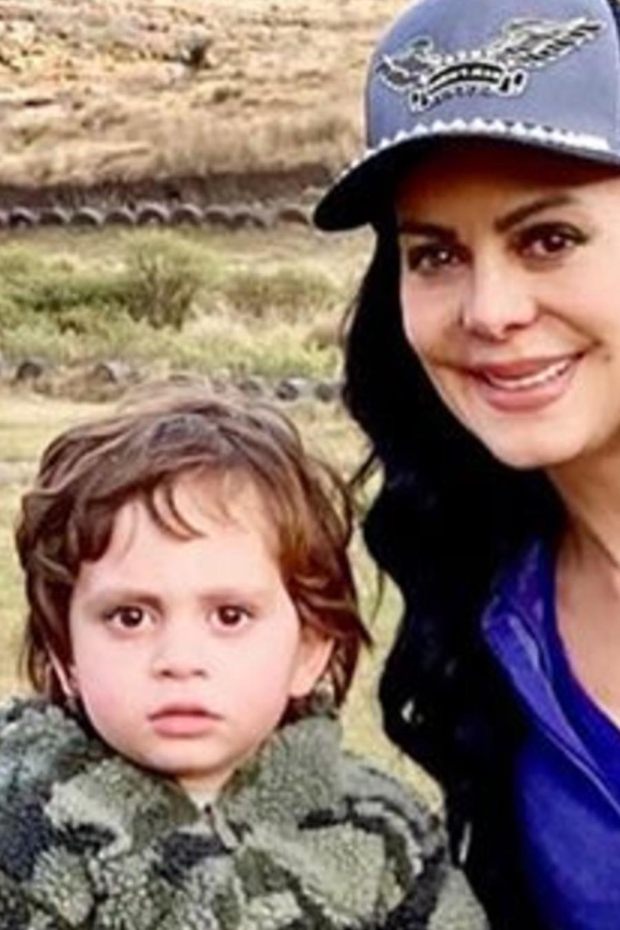 Maribel Guardia con su nieto