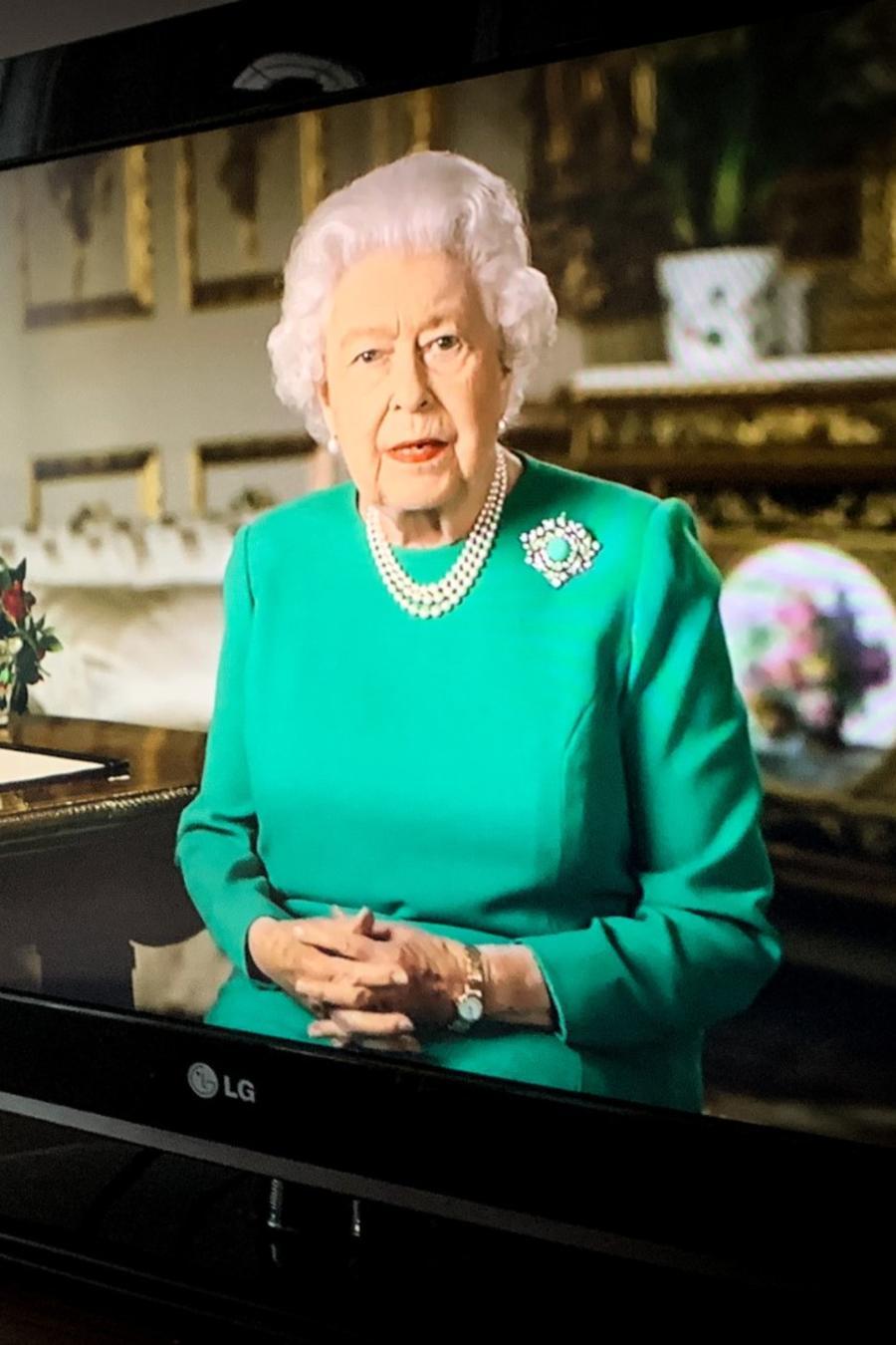 La reina Isabel rompe el silencio tras la pandemia por el COVID-19