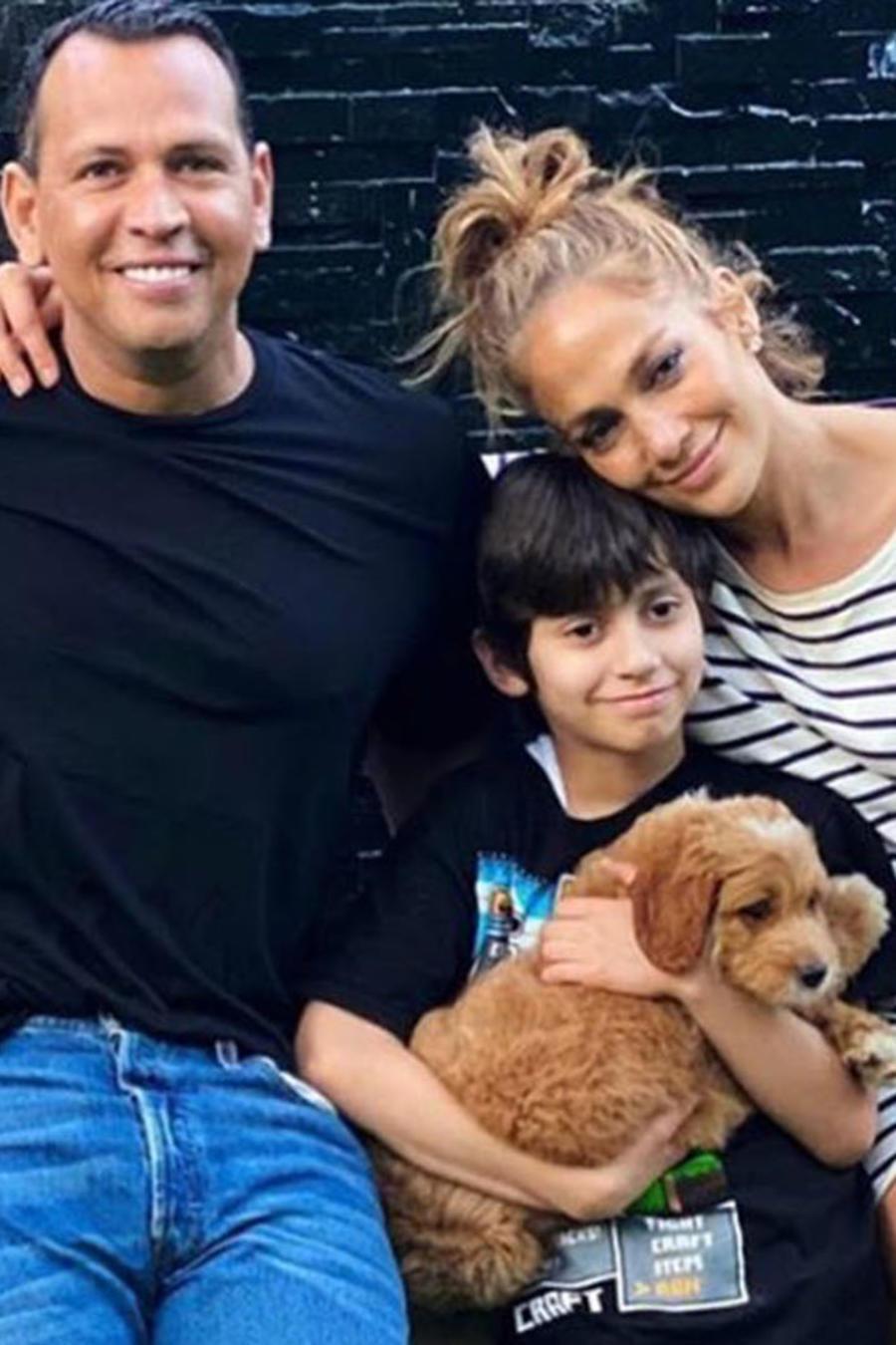 Jennifer Lopez y su familia