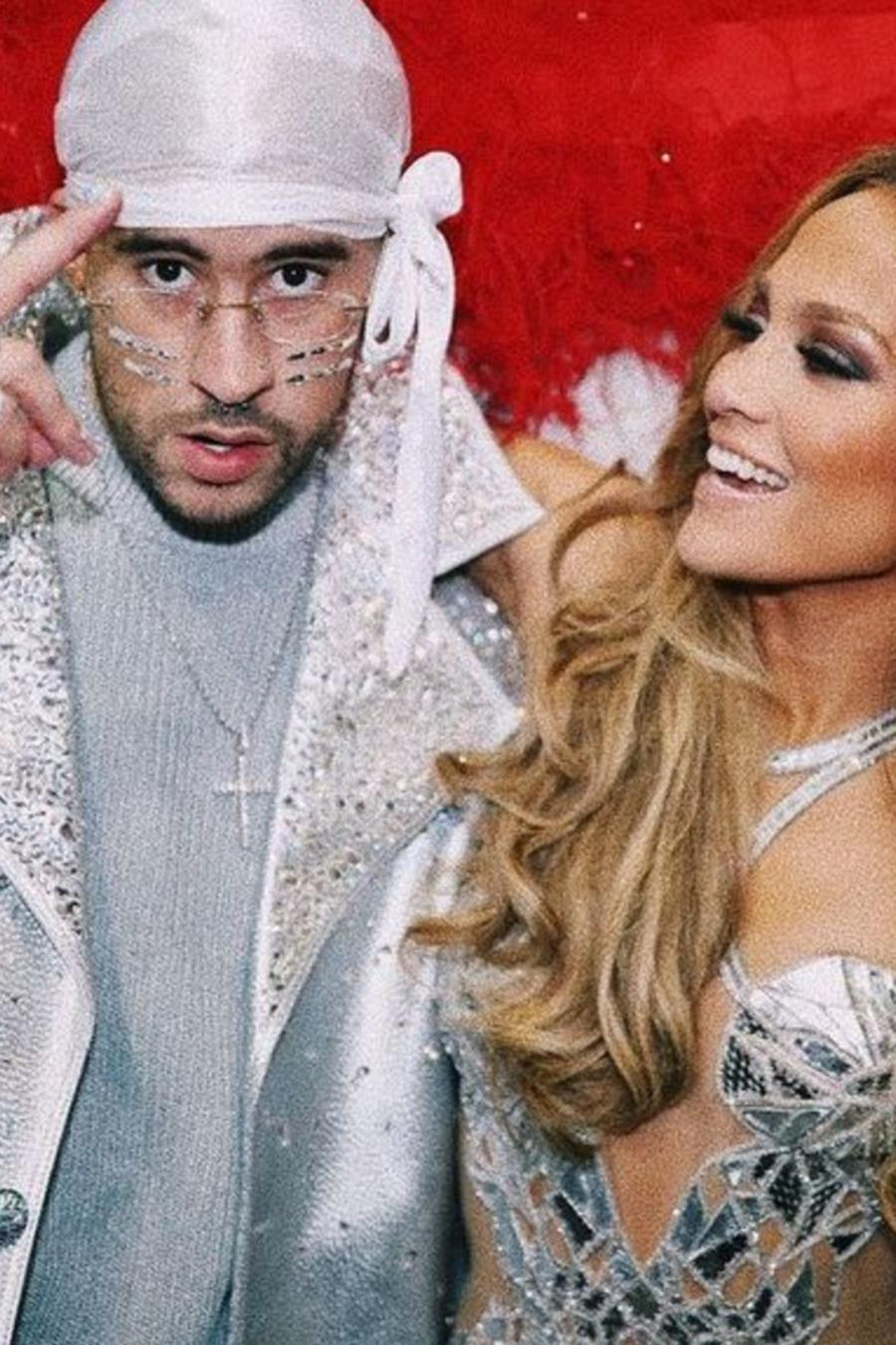 Bad Bunny con Jennifer Lopez en el superbowl