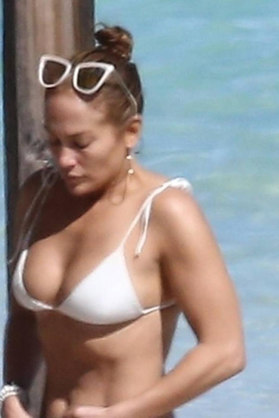 Jennifer Lopez bikini en Islas Turcas y Caicos