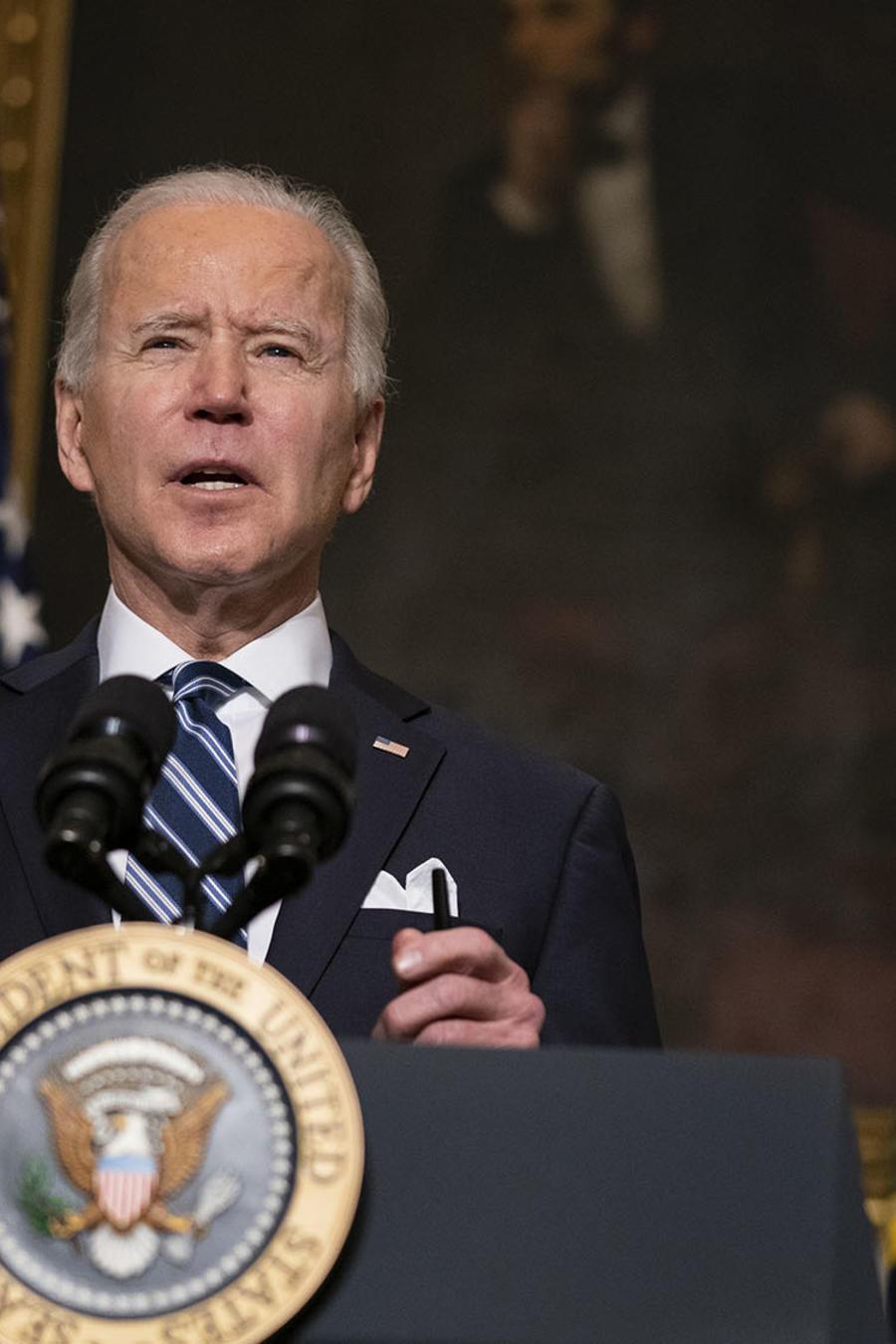 El presidente, Joe Biden, explica los detalles de su plan para reducir la contaminación y crear, al mismo tiempo, cientos de miles de puestos de trabajo.