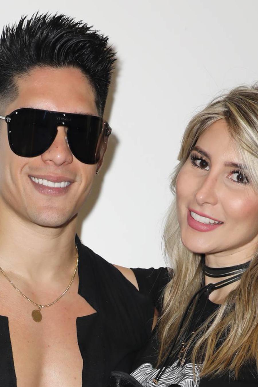 Natasha Araos y Chyno Miranda Miami 2018