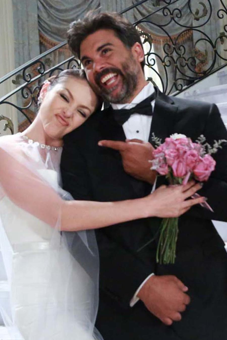 Erika de la Rosa y Jorge Luis pila detrás de cámaras boda en Eva la trailera