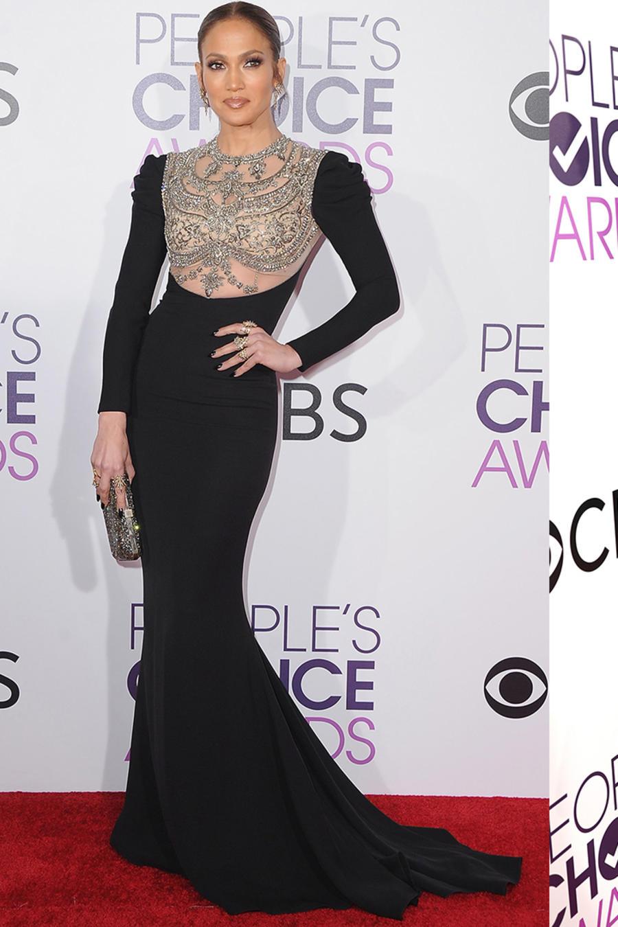 Collage: Sofía Vergara, Jennifer Lopez y Blake Lively en los People's Choice Awards.