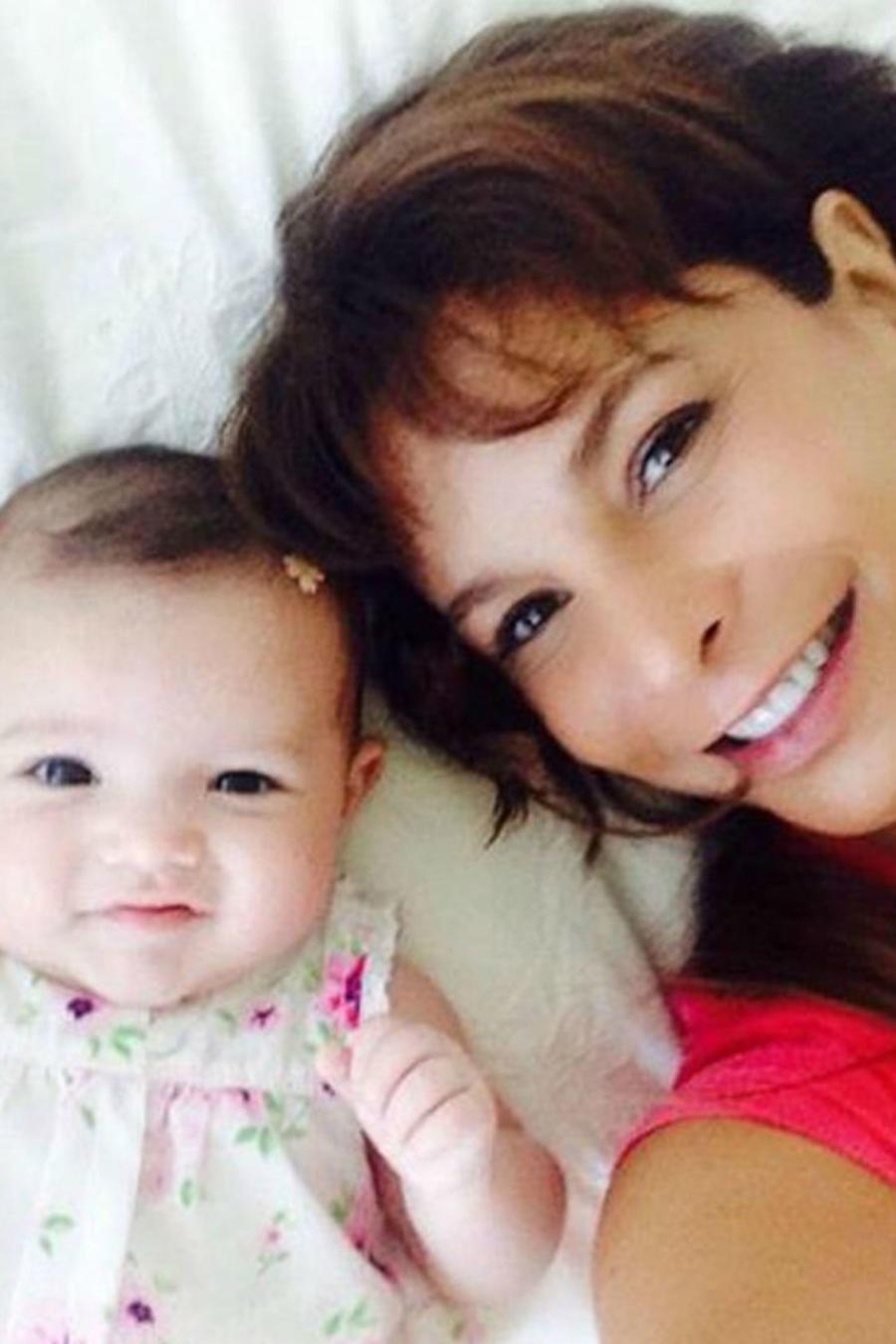 Lorena Rojas con su hija Luciana