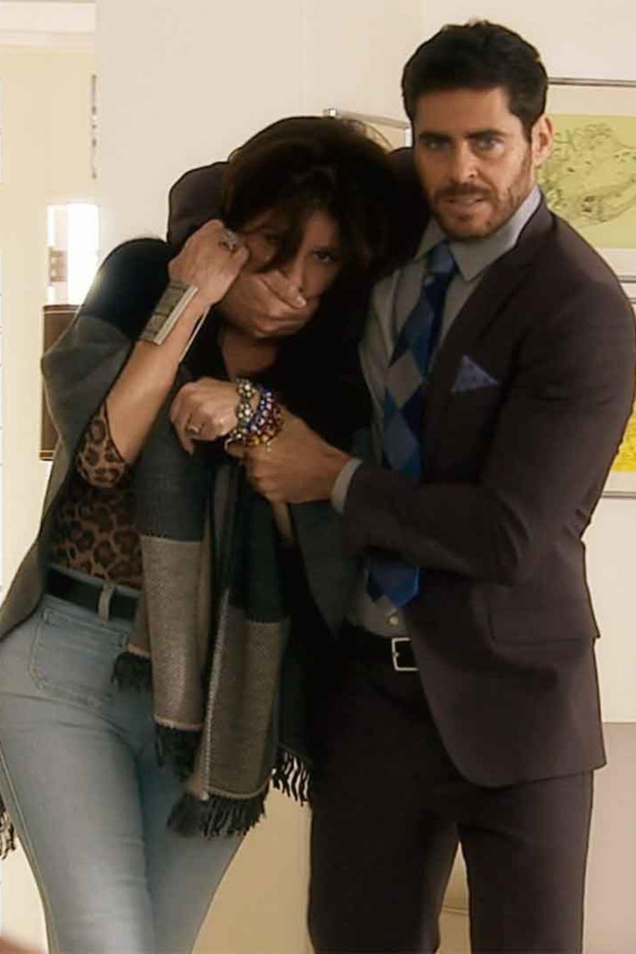 José María Galeano y Rebecca Jones en La Doña