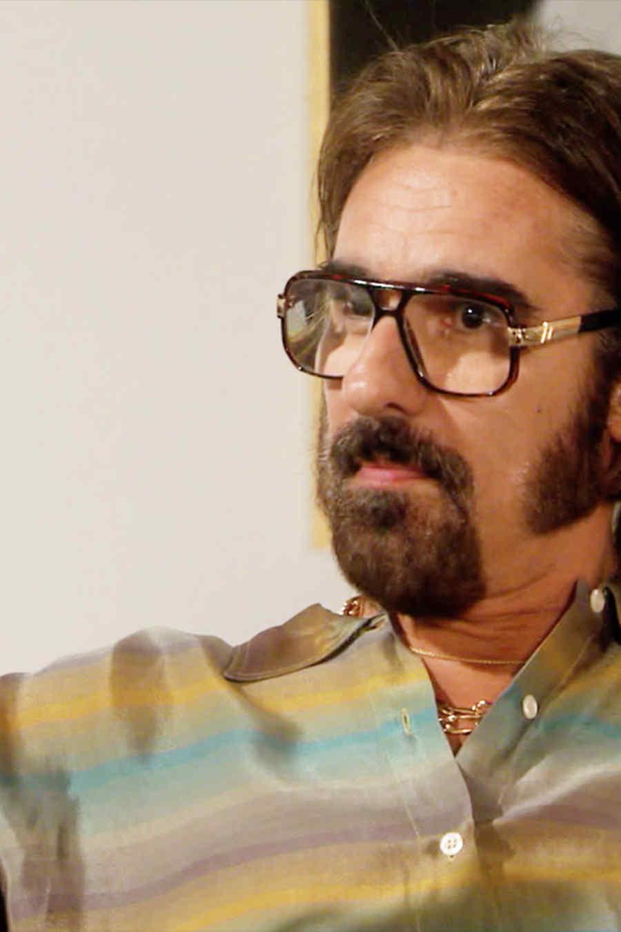 Miguel Varoni es Leandro Quezada, hablando, Dueños del Paraíso