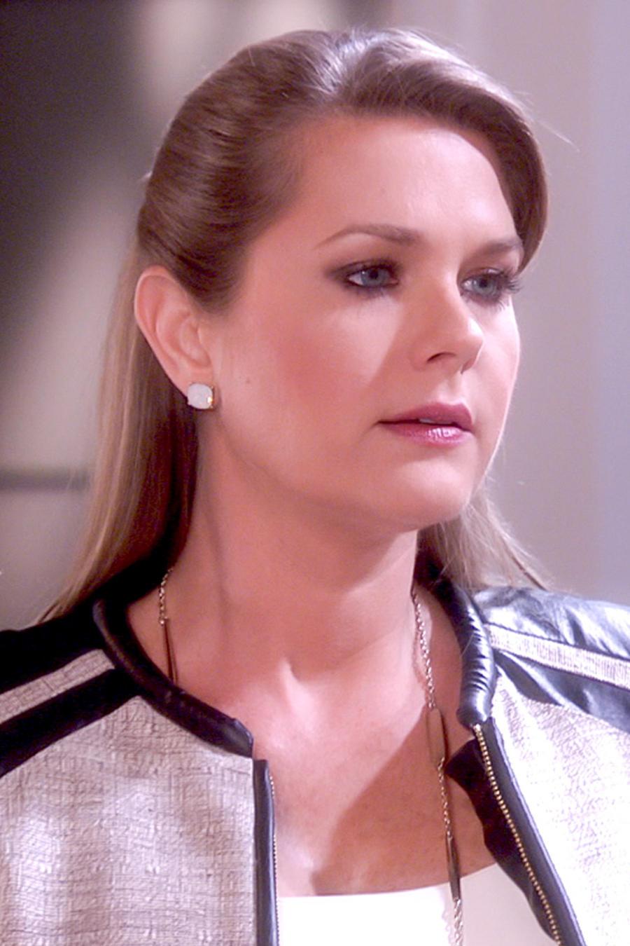 Sonya Smith seria en Tierra de Reyes