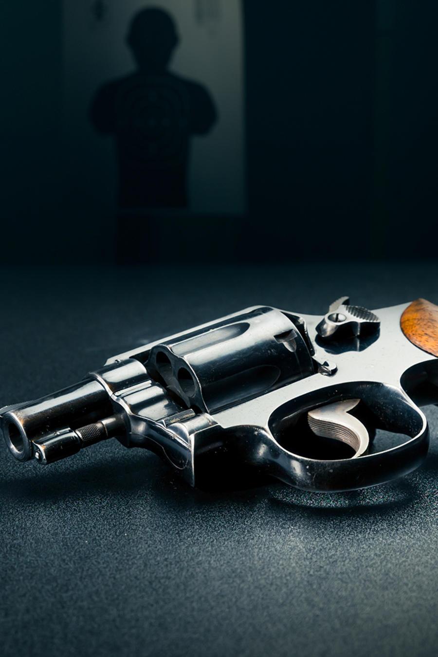 pistola y balas