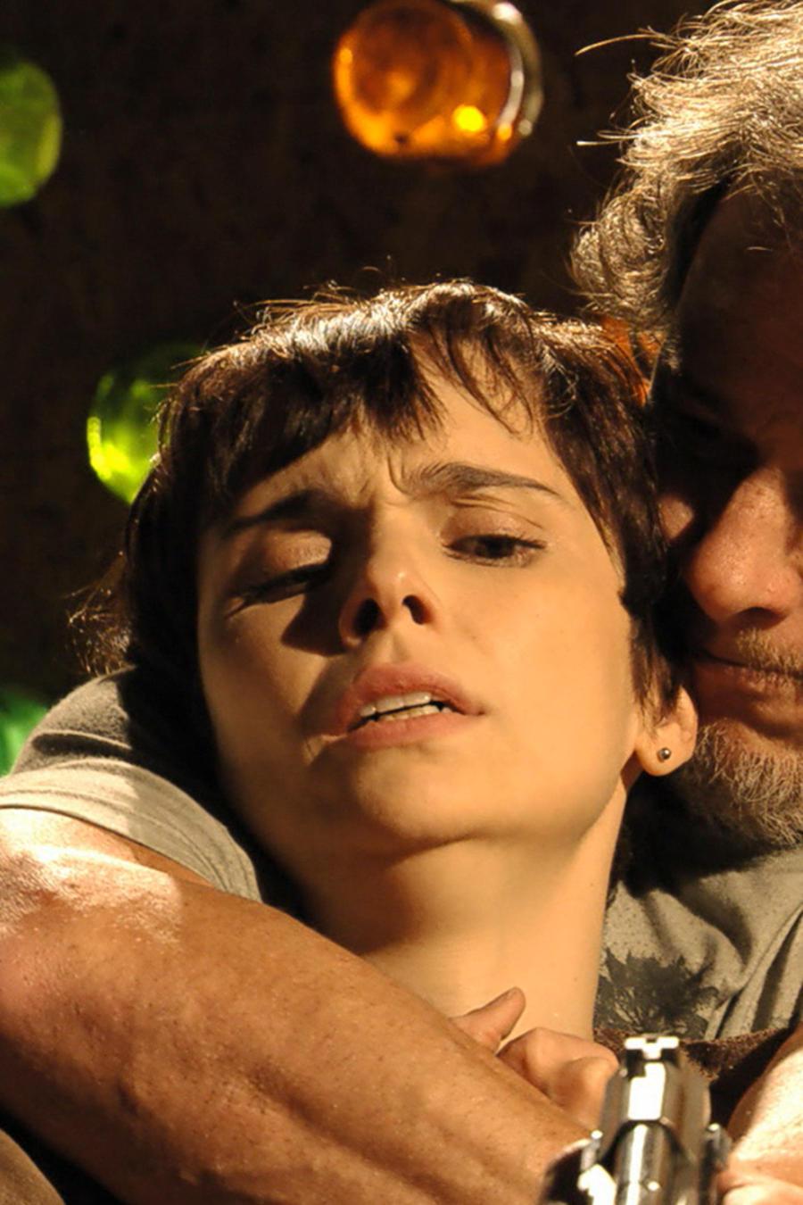 Marcello Novaes torturando a Débora Falabella en Avenida Brasil