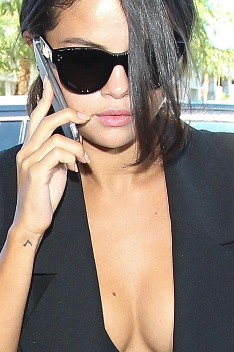Selena Gomez en París