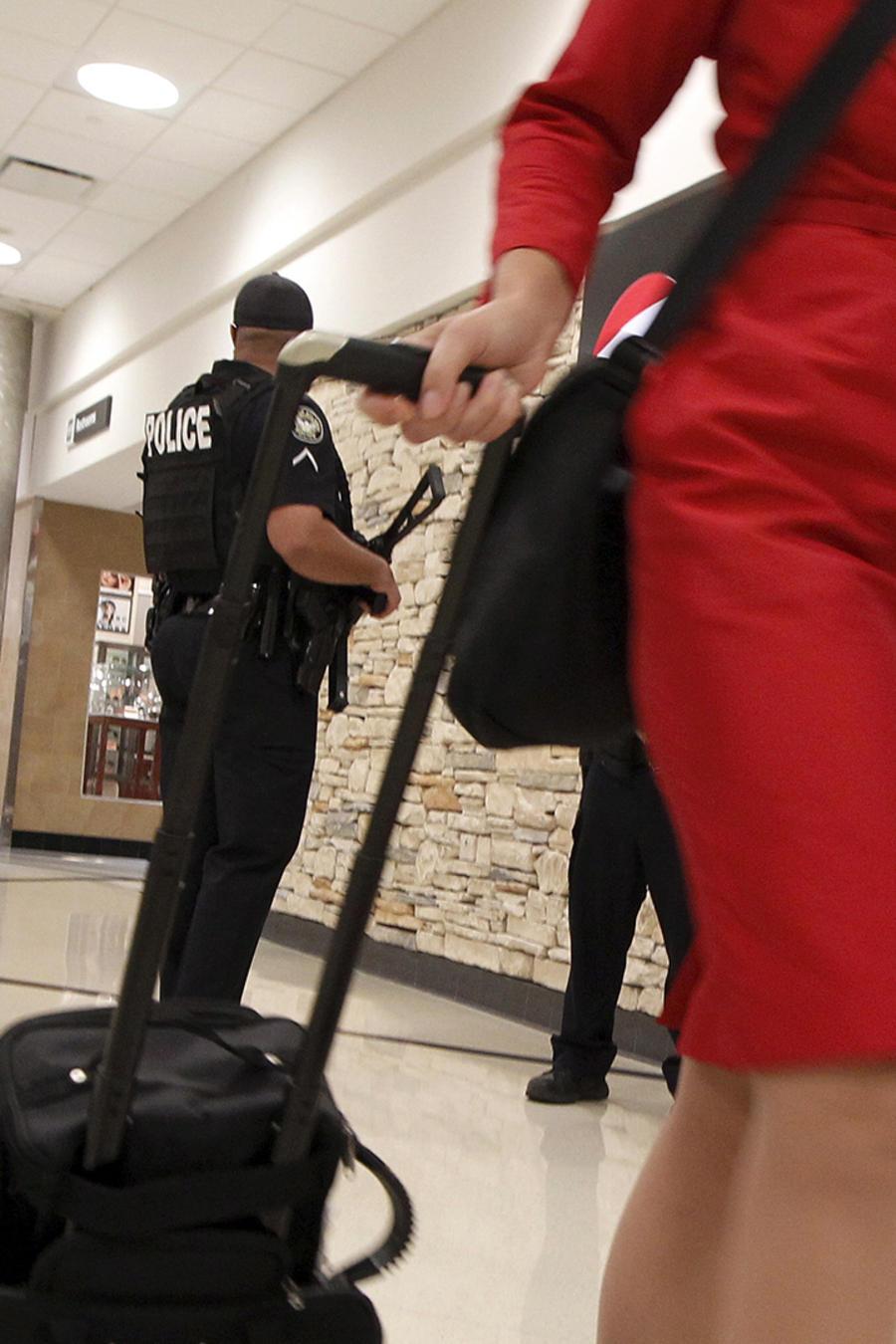policias-en-aeropuertos