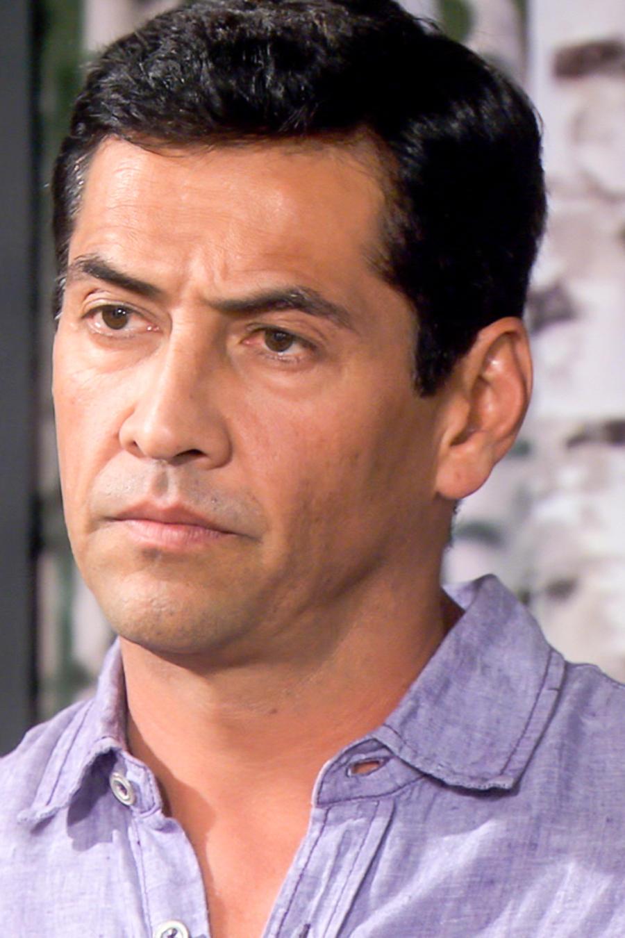 Gabriel Porras en Bajo El Mismo Cielo