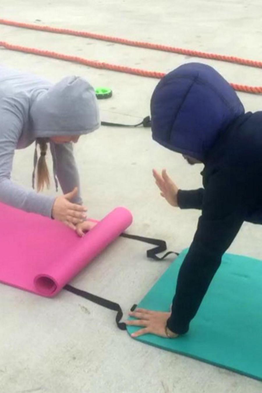 larry hernandez entrenando con su pareja