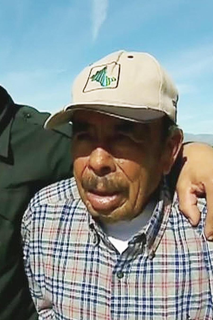 padres mexicanos se reunen con su hijos