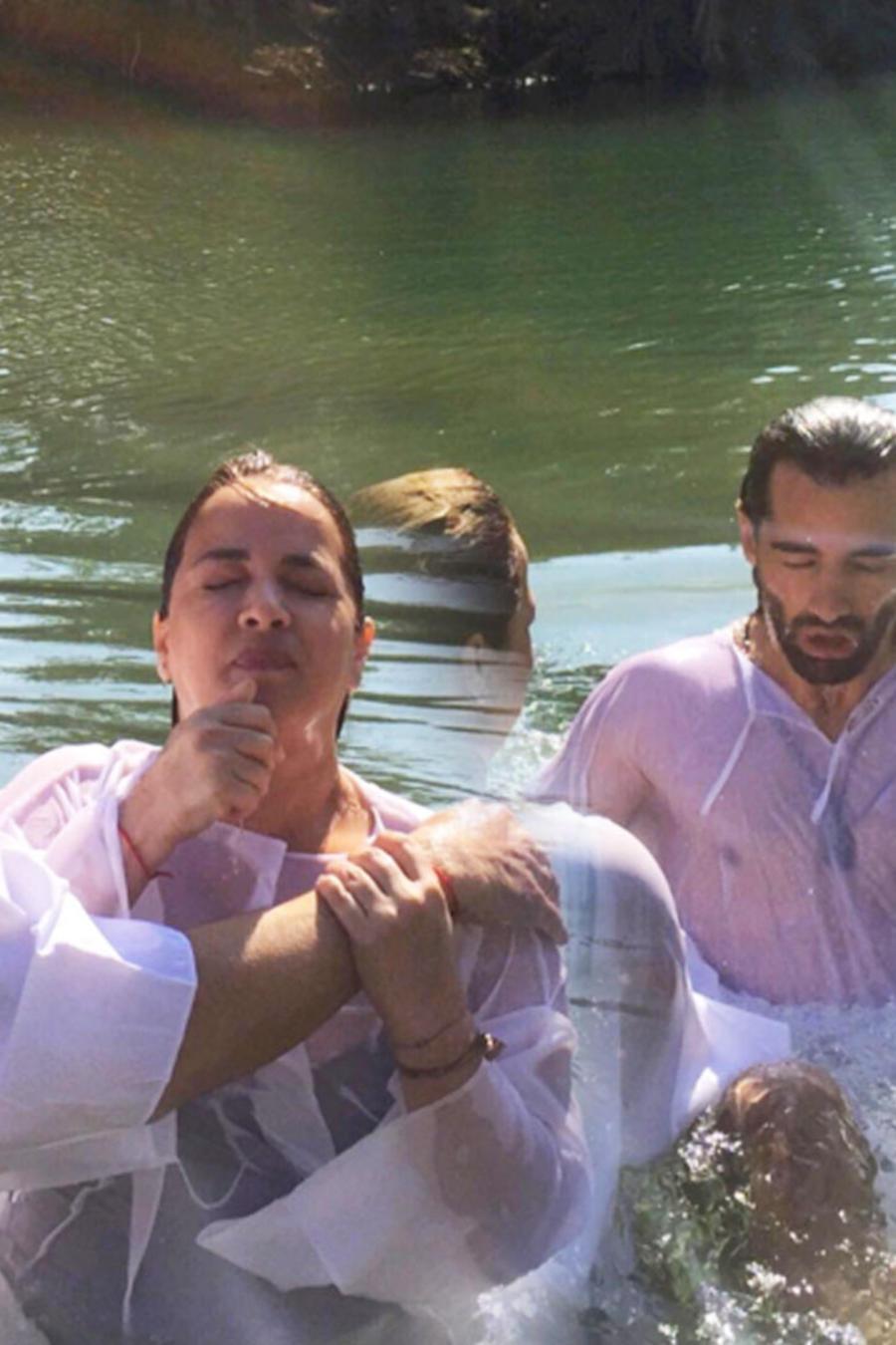 adamari y toni costa se bautizan