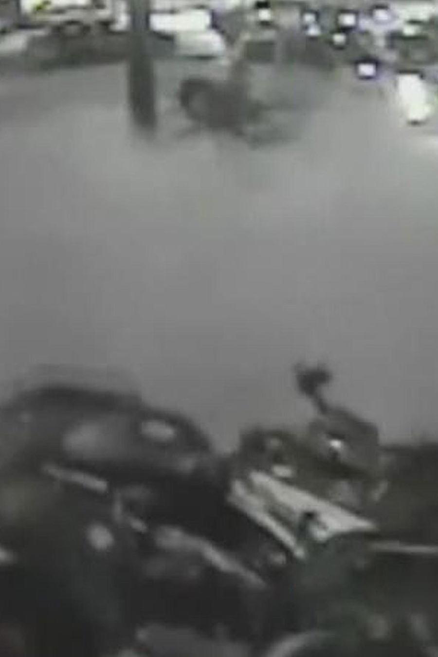moto fuera de control siembra el panico