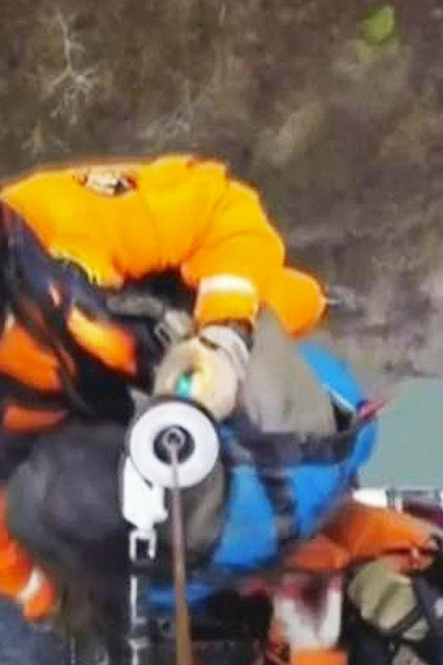 rescatan a desamparado en represa