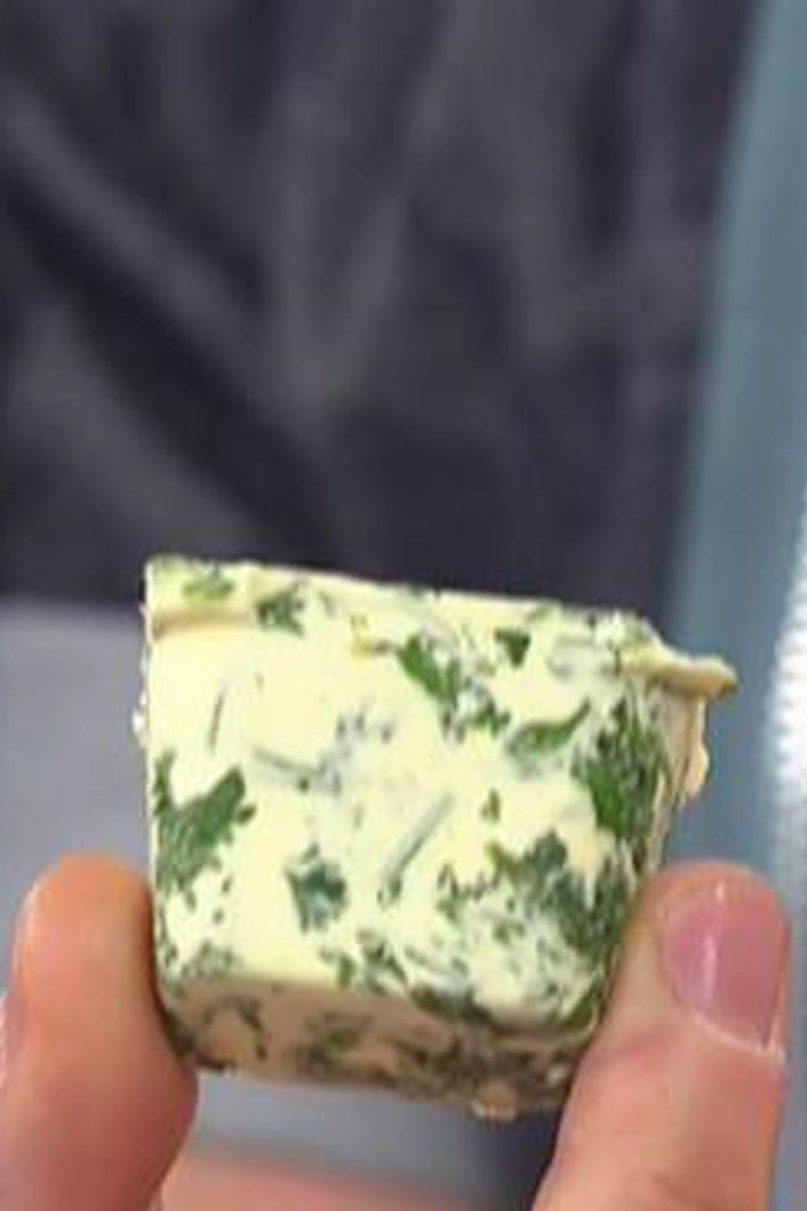 Recetas de cocina: Cubitos de mantequilla con hierbas