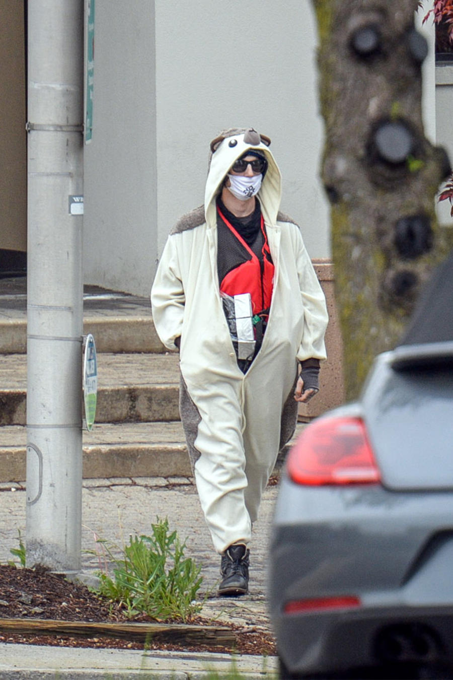 persona con supuesta bomba