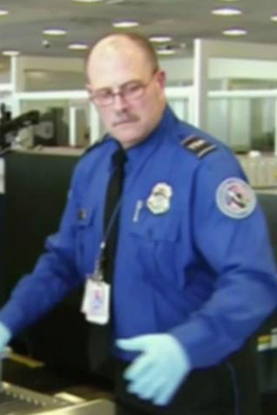 TSA agrega agentes para reducir el tiempo de espera