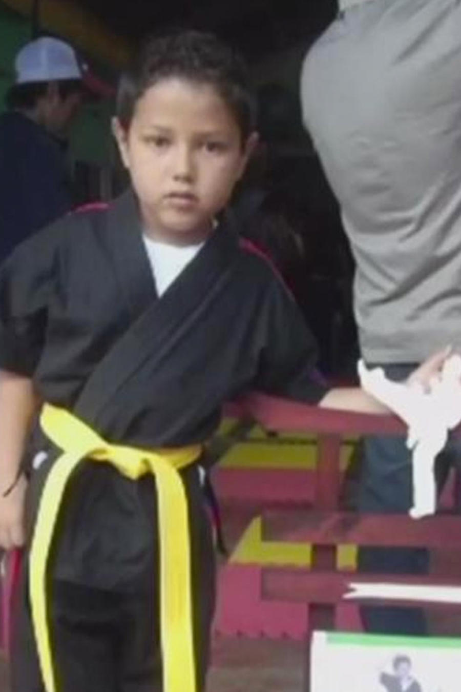 niño recibe visa humanitaria
