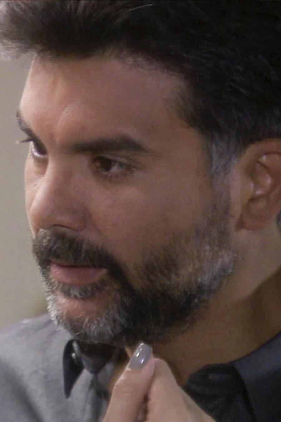 Jorge Luis Pila amenaza a Erika de la Rosa en Eva la Trailera