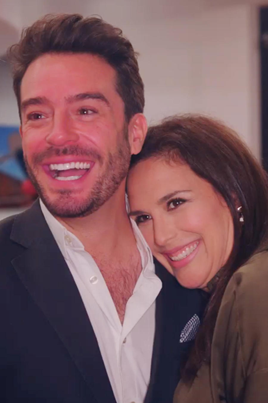 Juan Pablo Espinosa y Angélica Vale