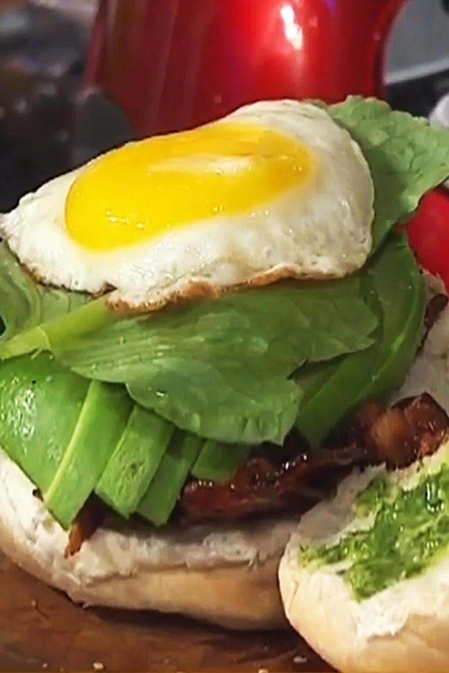 Receta de cocina: Sándwich de Huevo y Tocineta