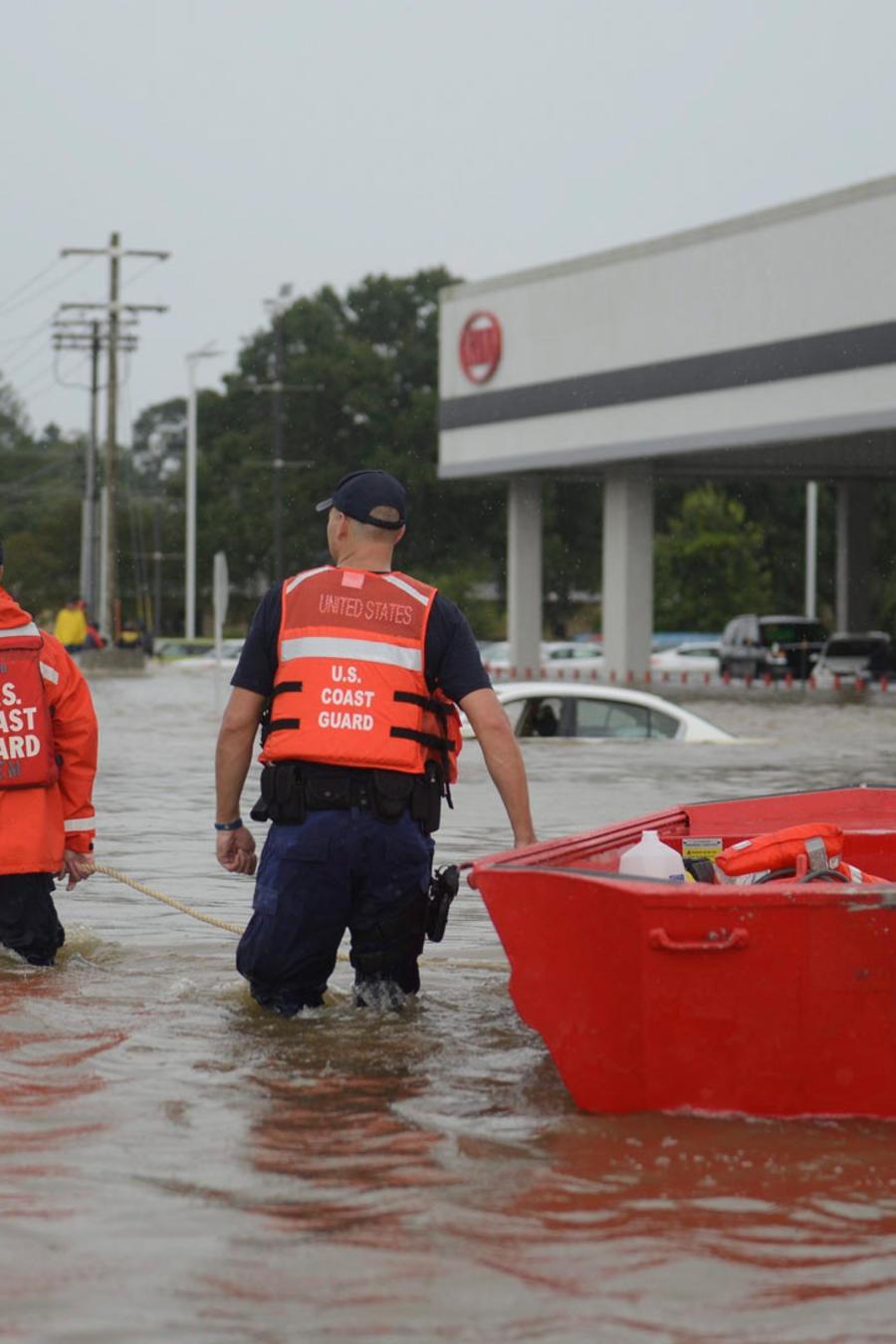 intentan evitar mas inundaciones