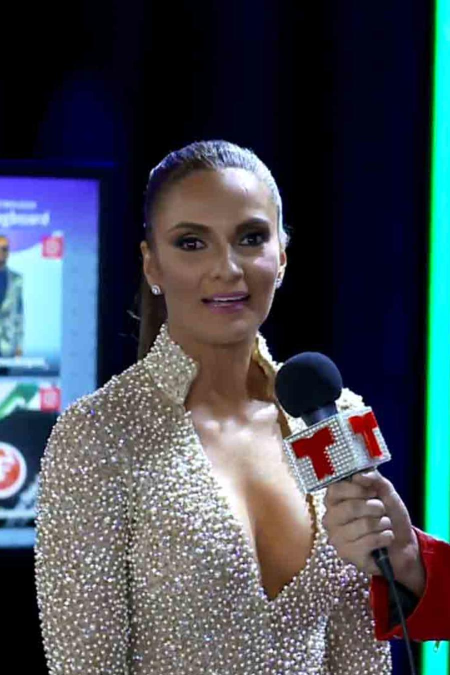 Mariana Seoane y Christian Acosta en Premios Tu Mundo 2016
