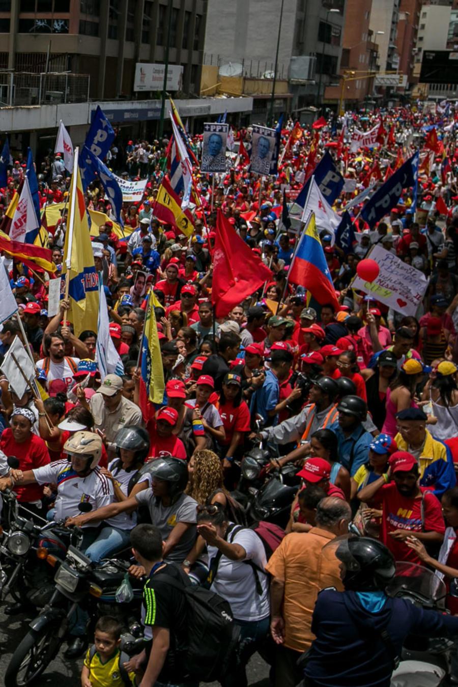 Gobierno de Venezuela aumenta represión por marchas