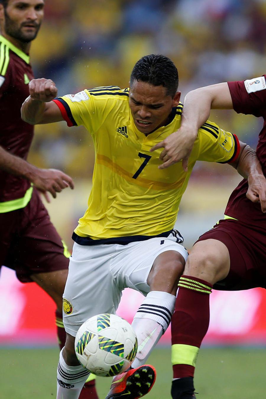 Futbol sudamericano: Colombia derrota 2-0 a Venezuela